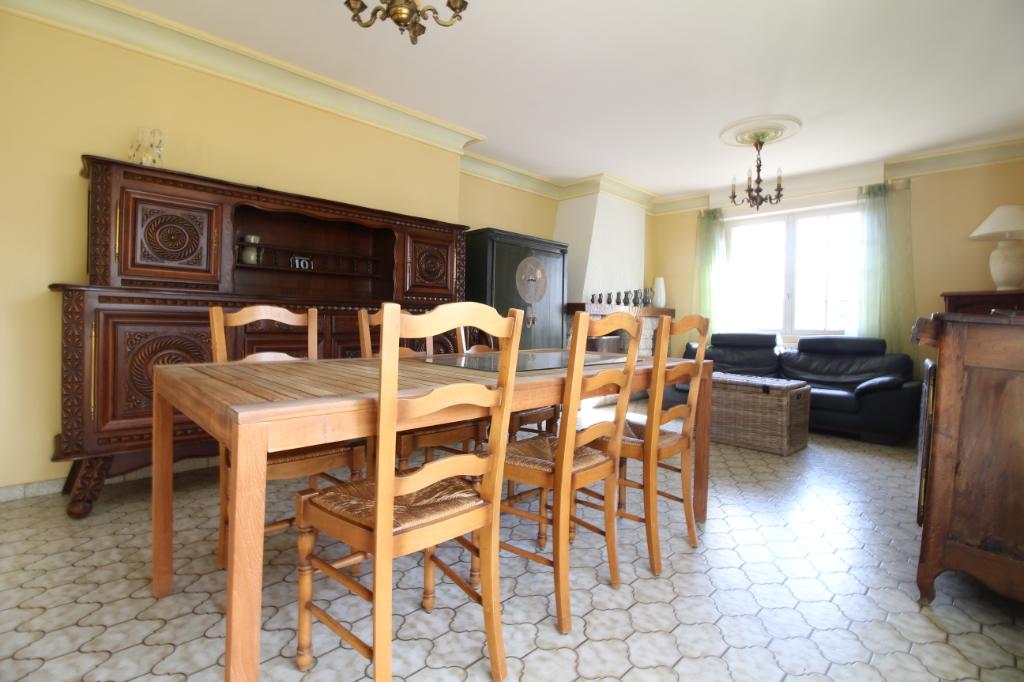 Maison T8 à Amanlis REF : 59549