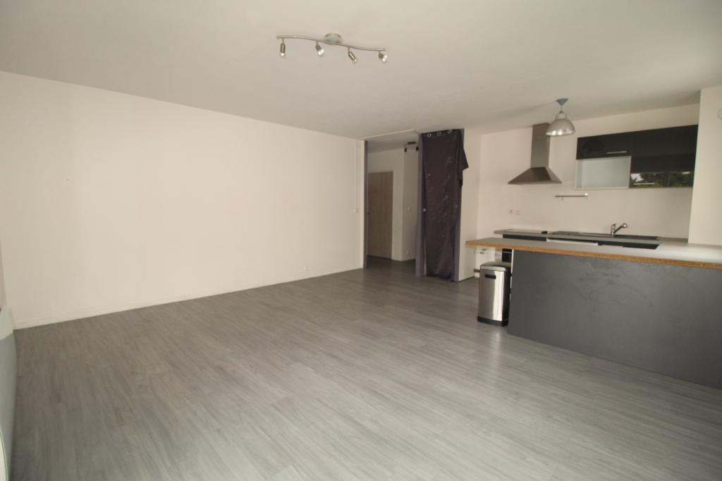 Appartement T4 à Saint jacques de la lande REF : 68370