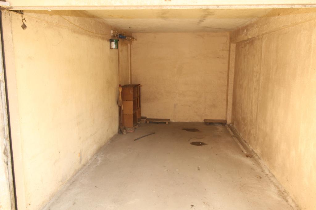 Garage T0 à Rennes REF : 68846