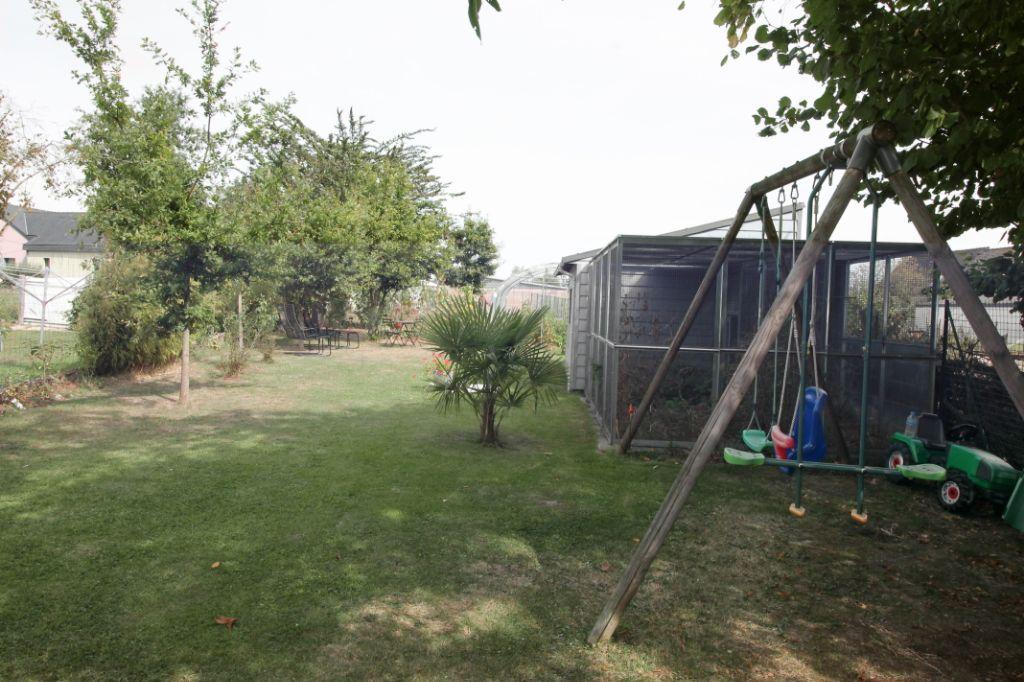 Maison T7 à Baulon REF : 69429