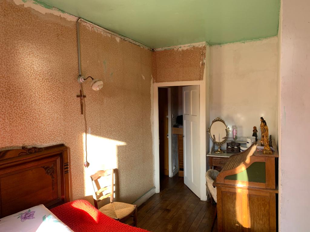 Maison T5 à Maxent REF : 73114