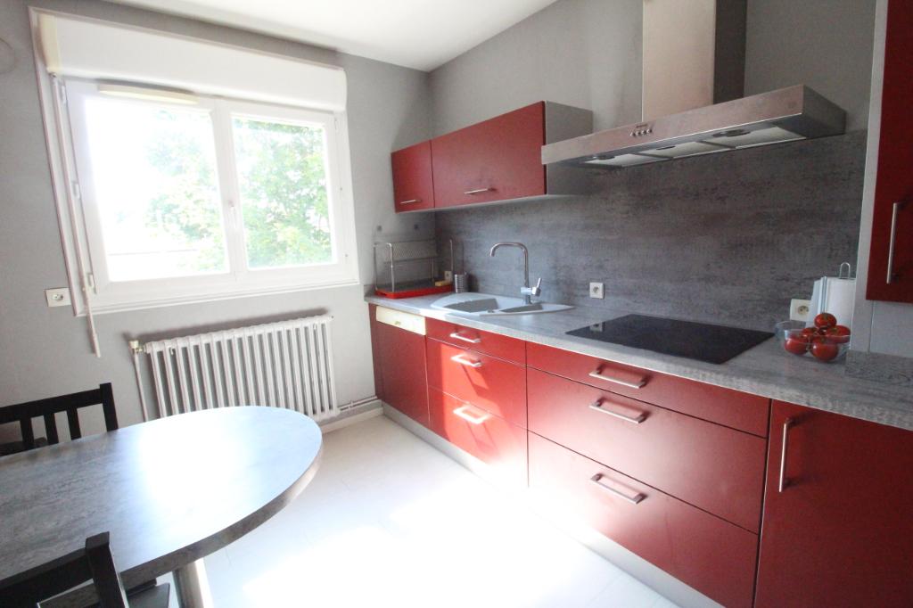 Appartement T3 à Vitre REF : 77039