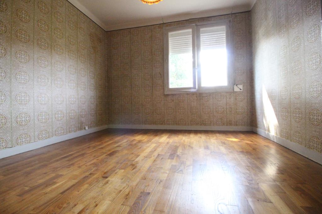 Maison T5 à Rennes REF : 78647