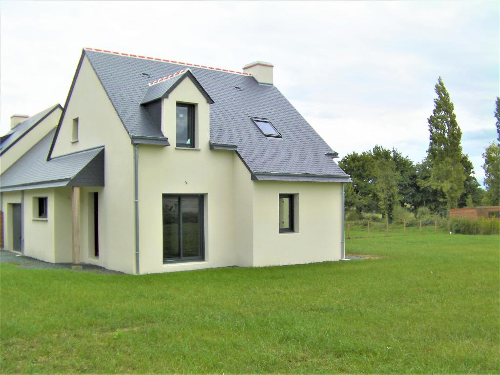 Maison T5 à Lusanger