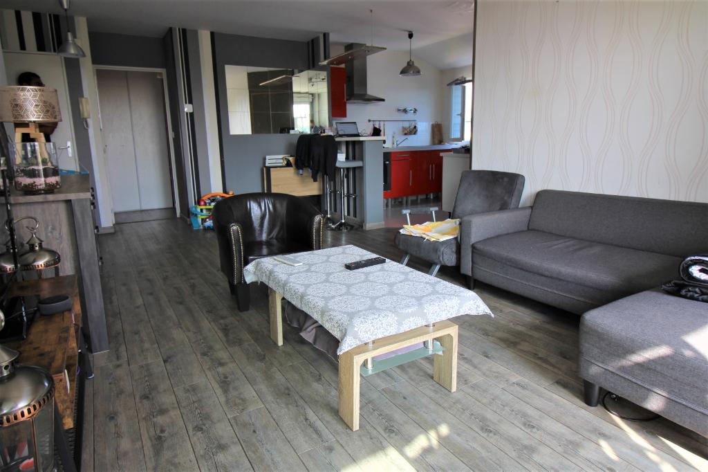 Appartement T3 à Acigne