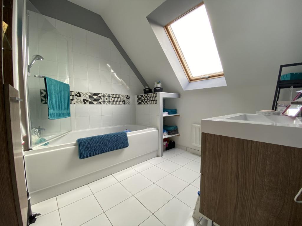 Vente maison / villa Miniac morvan 243800€ - Photo 8