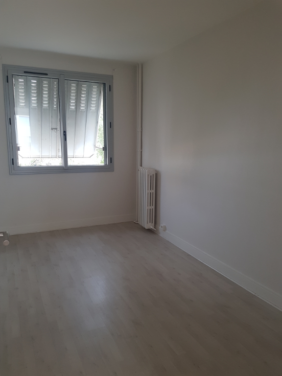 Rental apartment Malakoff 1 225€ CC - Picture 2