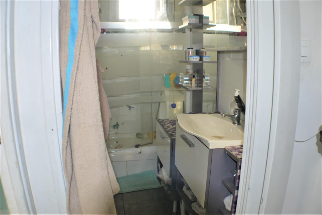 Sale apartment Marseille 9ème 147000€ - Picture 5