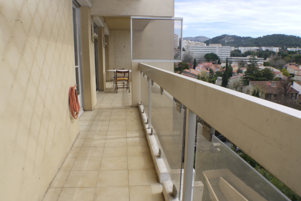 Sale apartment Marseille 9ème 332 000€ - Picture 3