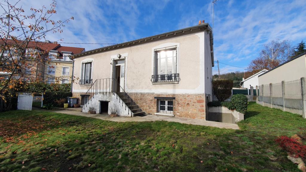 Sale house / villa Montlhery 210000€ - Picture 1