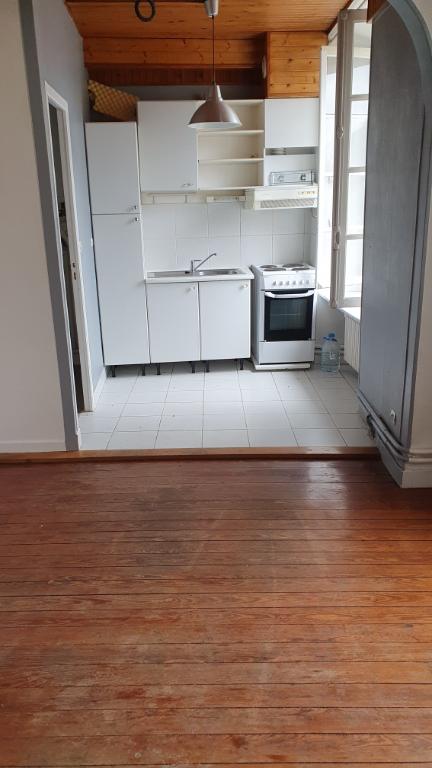 Sale apartment Longpont sur orge 100000€ - Picture 2
