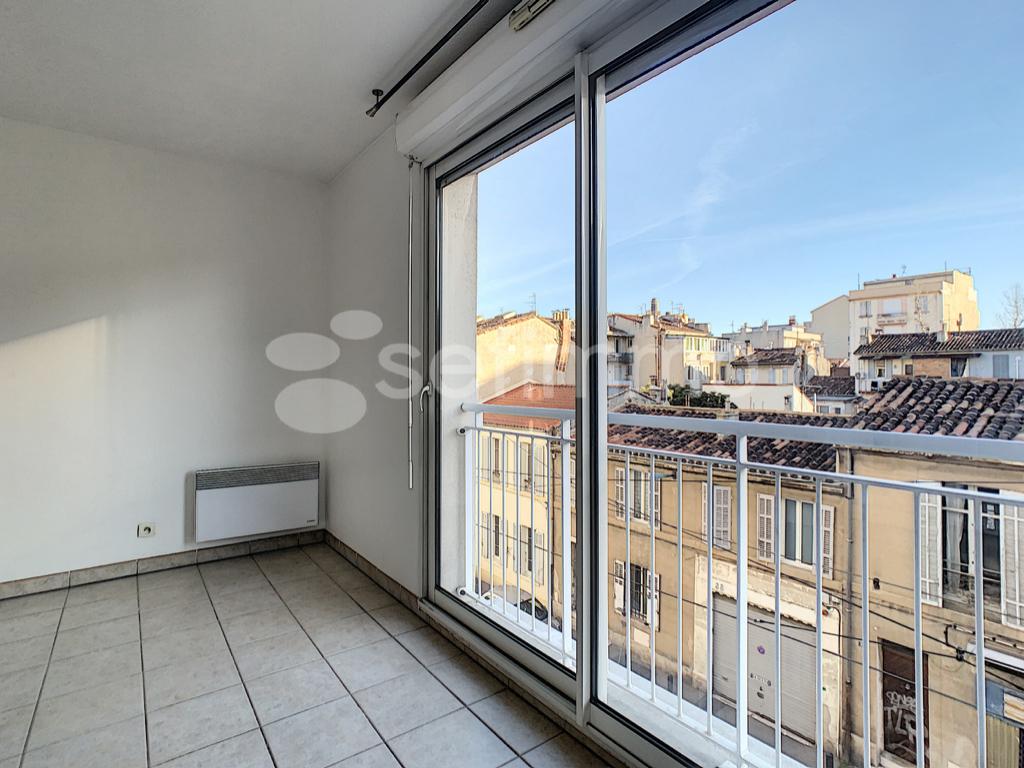 Location appartement Marseille 5ème 502€ CC - Photo 2