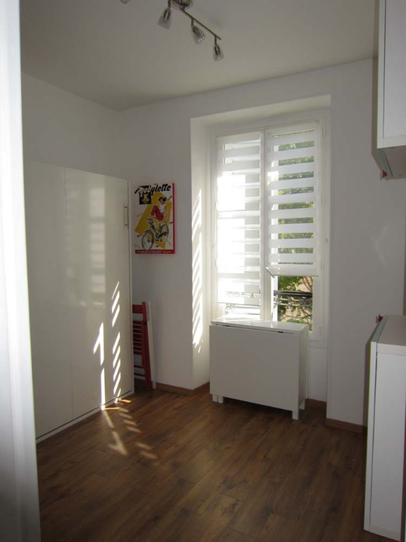 Location appartement Paris 9ème 926€ CC - Photo 13