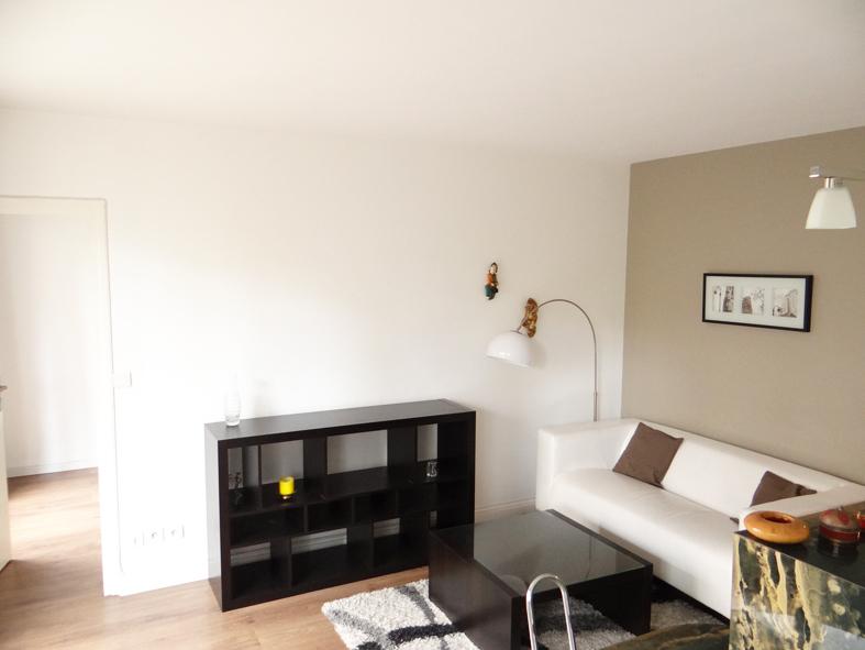 Location appartement Paris 15ème 1515€ CC - Photo 3
