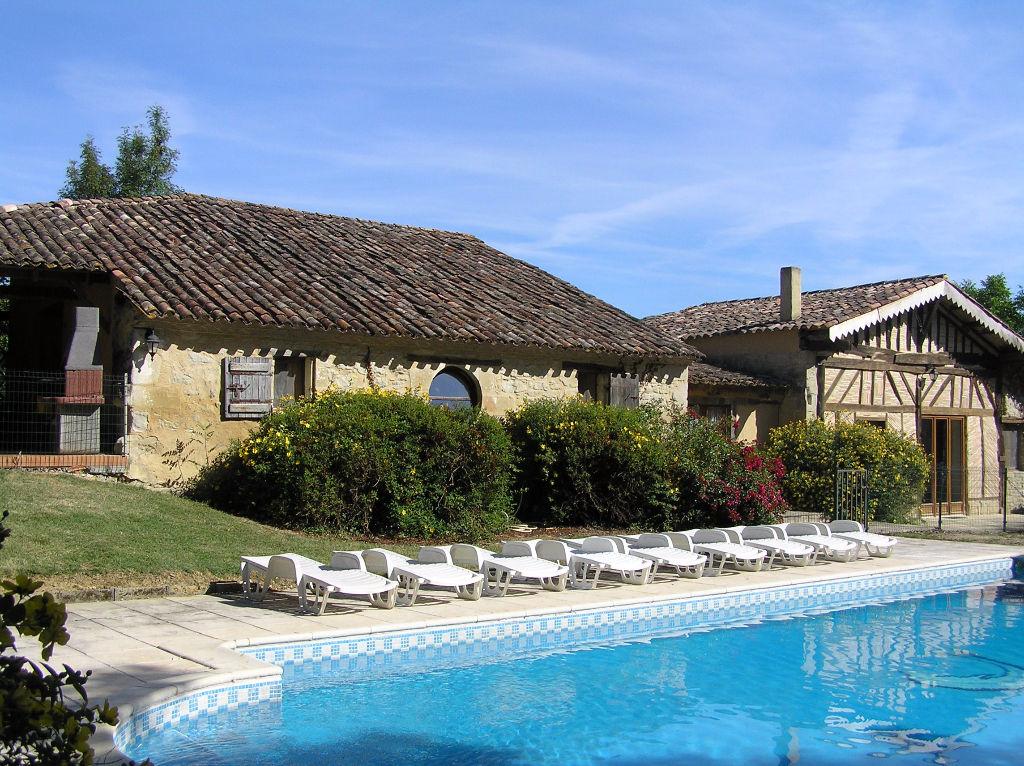 Grande maison de campagne à 30 minutes de Bergerac et son aéroport