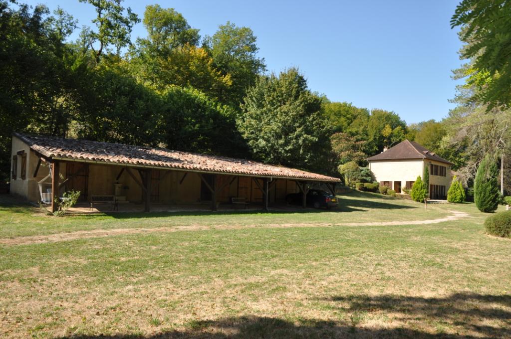 Ancien moulin en pierre 8 pièce(s) 258 m2