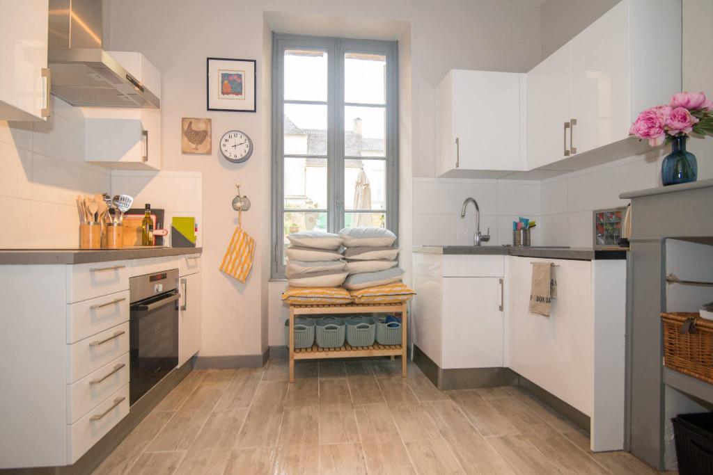Maison de village Beaumontois En Perigord 6 pièce(s) 165 m2