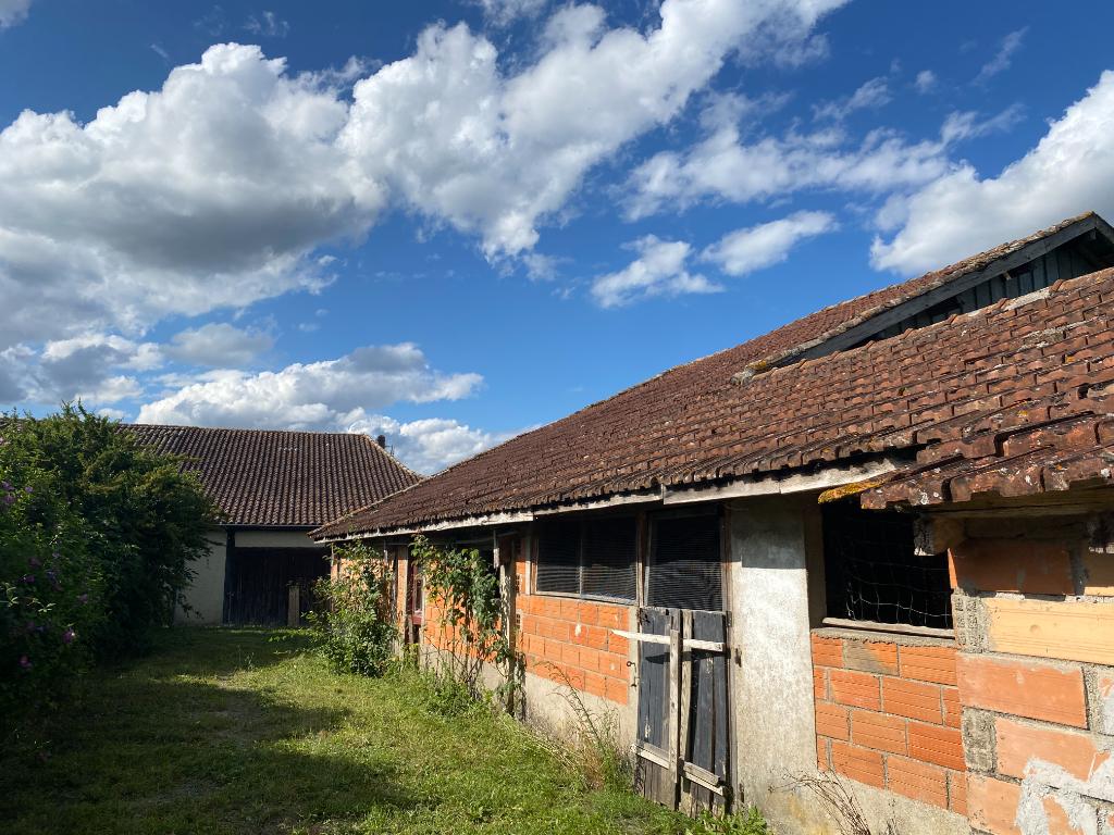 Maison de plain pied à Villereal avec dépendances