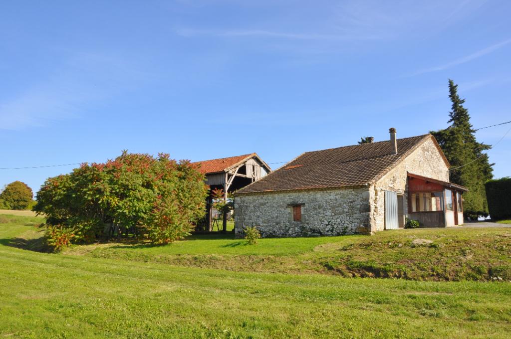 Maison en pierre à rénover avec belle vue
