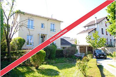 Maison a vendre houilles - 5 pièce(s) - 102 m2 - Surfyn