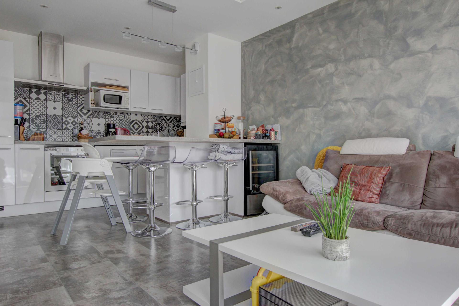 Seynod/Balmont,  appartement 2 pièces 43 m2 avec garage et terra