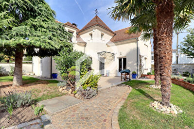Maison a vendre houilles - 5 pièce(s) - 148 m2 - Surfyn