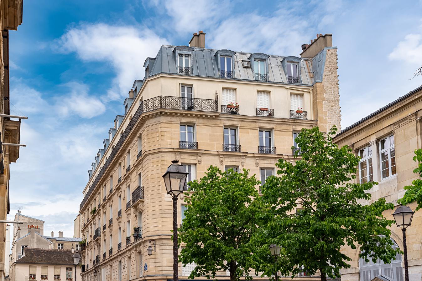 Histoire de l'architecture : Pourquoi parle-t-on d'étages nobles dans les immeubles haussmanniens ?