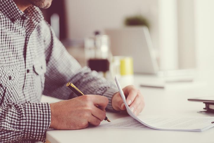 Compromis de vente : agent immobilier ou notaire ?