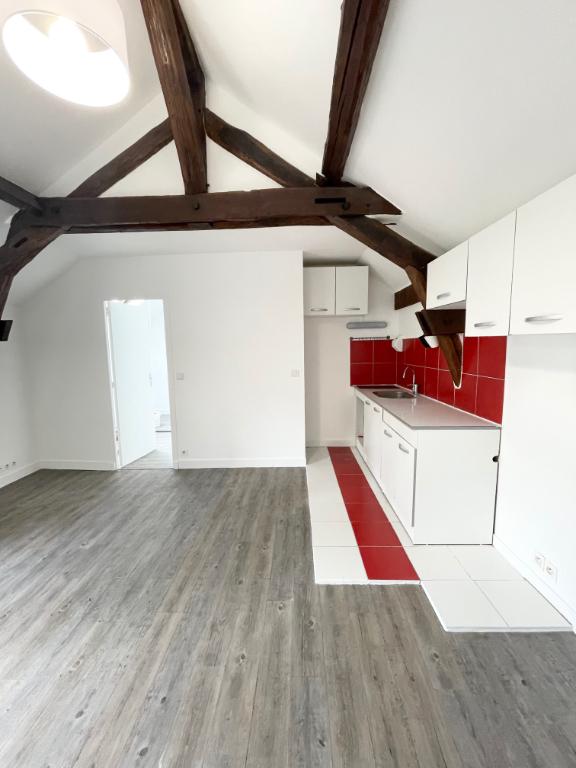 Location : appartement T2 à ORSAY refait à neuf !