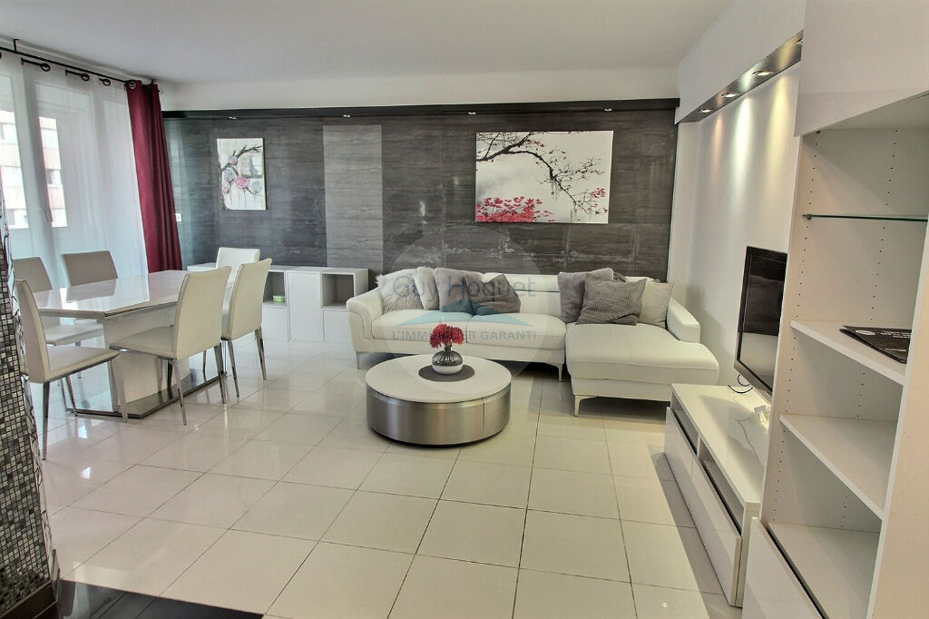 Appartement a louer puteaux - 4 pièce(s) - 82.76 m2 - Surfyn