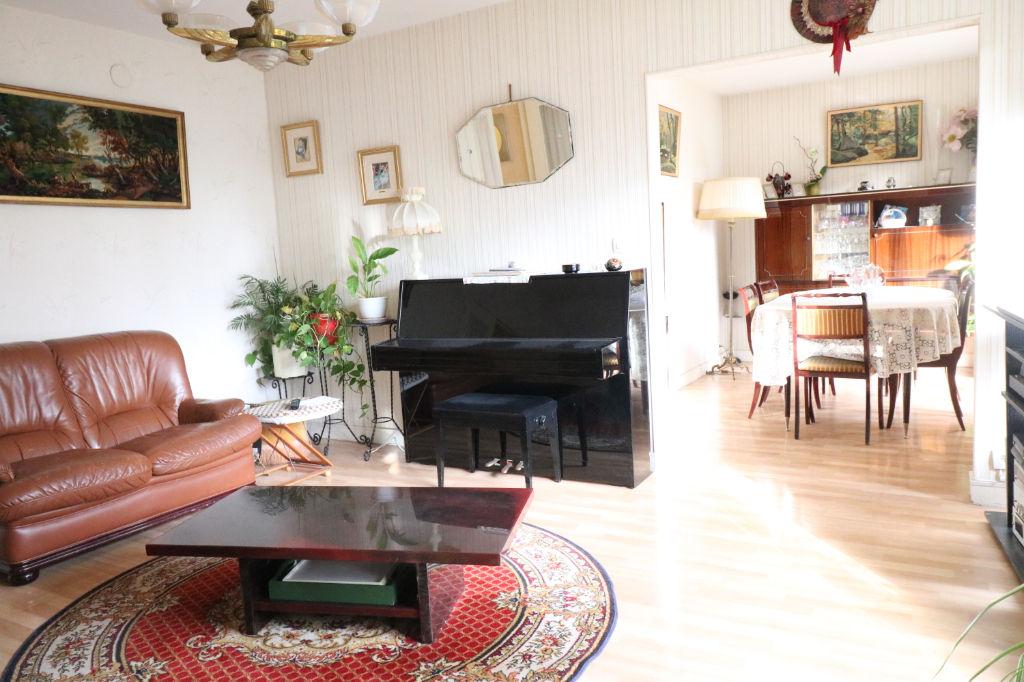 Appartement 4 Pieces De 79 79 M A Vendre A Velizy Villacoublay