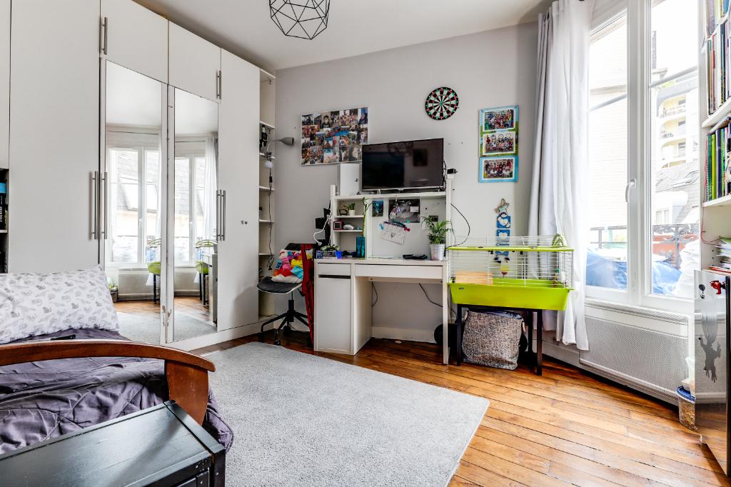 Vente Appartement de 2 pièces 35 m² - PARIS 75020 | 20ème APPART PYRÉNÉES - AR photo1