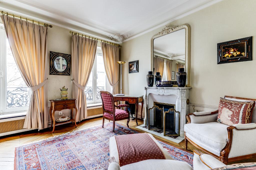 Vente Appartement de 5 pièces 115 m² - PARIS 75011   20ème APPART PYRÉNÉES - AR photo5