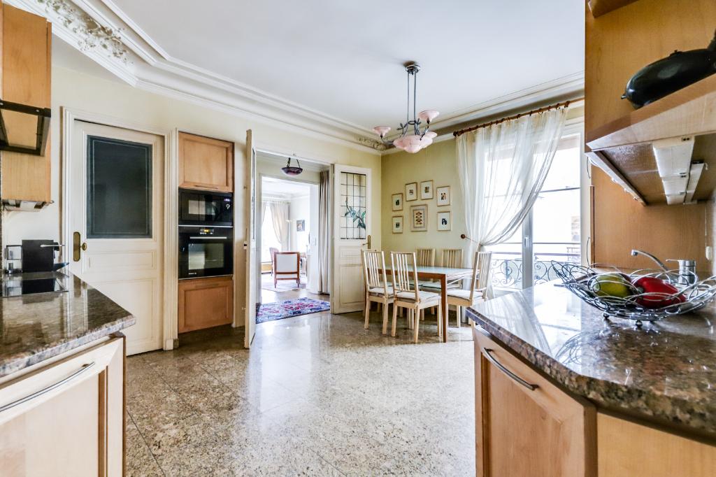 Vente Appartement de 5 pièces 115 m² - PARIS 75011   20ème APPART PYRÉNÉES - AR photo6