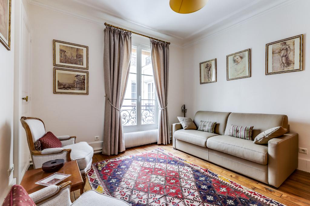 Vente Appartement de 5 pièces 115 m² - PARIS 75011   20ème APPART PYRÉNÉES - AR photo8