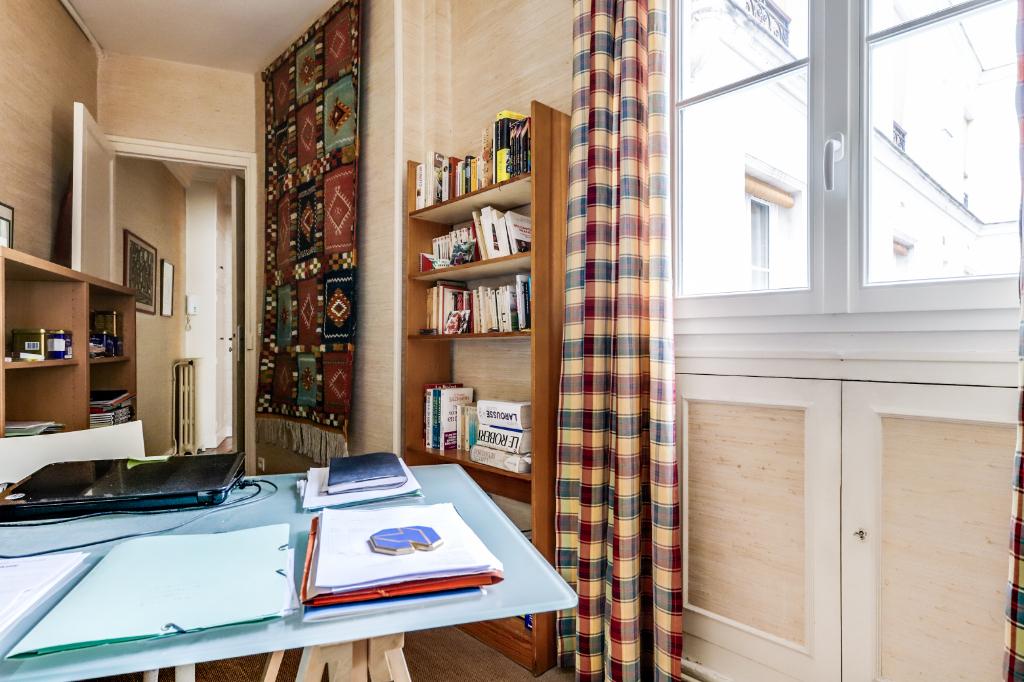 Vente Appartement de 5 pièces 115 m² - PARIS 75011   20ème APPART PYRÉNÉES - AR photo9