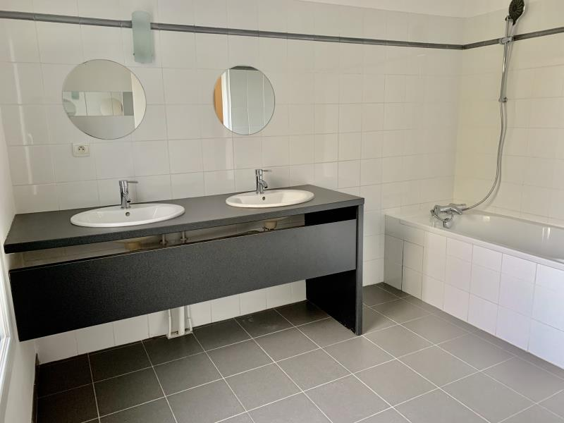 Sale house / villa Fargues st hilaire 296800€ - Picture 6