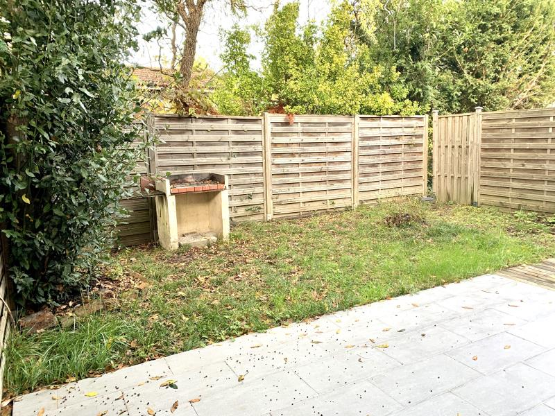 Sale house / villa Fargues st hilaire 296800€ - Picture 7