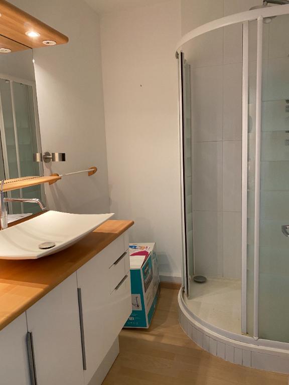 Sale apartment Saint genès bordeaux 250000€ - Picture 5