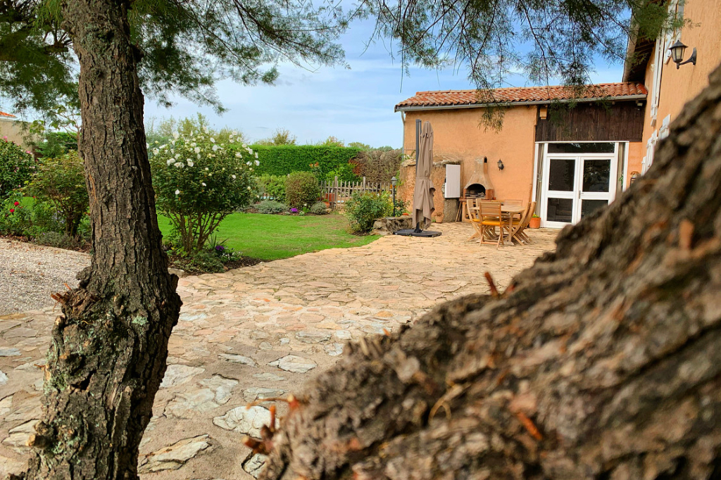 Vente maison / villa Chasse sur rhone 693000€ - Photo 2