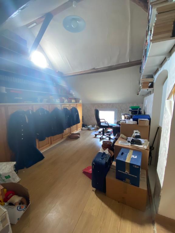 Sale house / villa Bornel 294200€ - Picture 5
