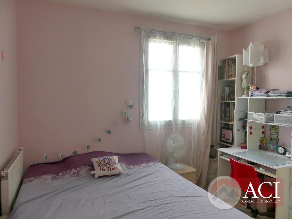Sale house / villa Pierrefitte sur seine 300000€ - Picture 5