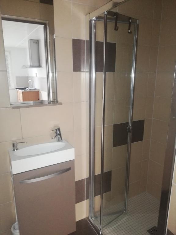 Sale house / villa Bornel 117400€ - Picture 3