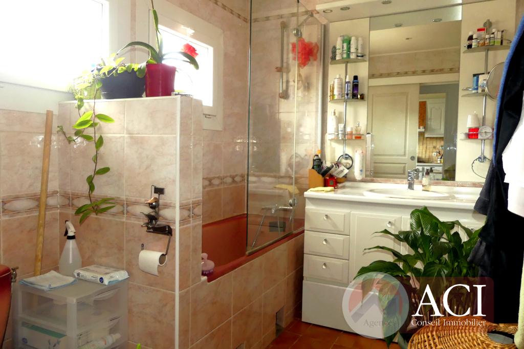 Vente maison / villa Montmagny 330750€ - Photo 5