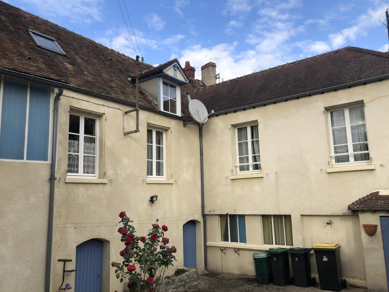 Sale house / villa Vetheuil 220000€ - Picture 1
