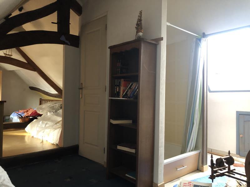 Sale house / villa Vetheuil 220000€ - Picture 6