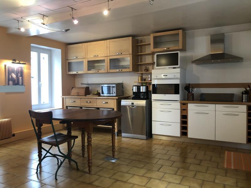 Sale house / villa Fourges 273000€ - Picture 2