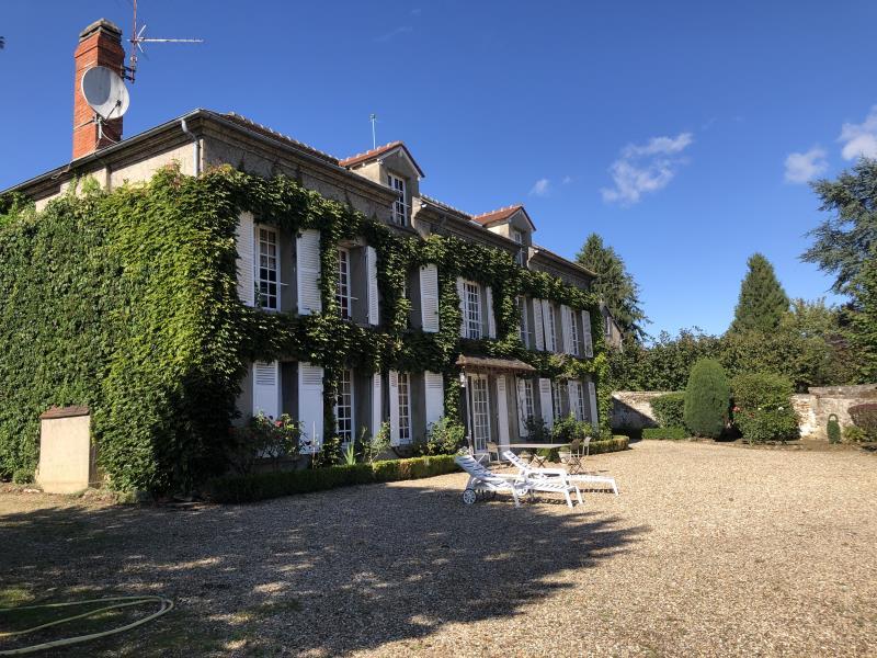 Sale house / villa Aincourt 796950€ - Picture 1