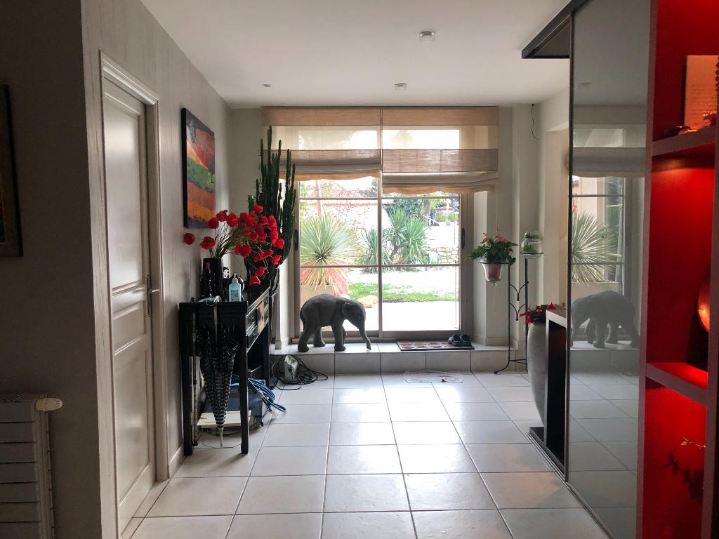 Deluxe sale house / villa Montchauvet 595000€ - Picture 2