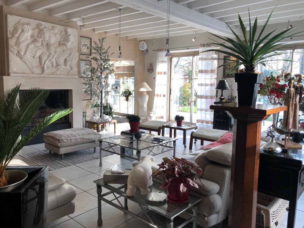 Deluxe sale house / villa Montchauvet 595000€ - Picture 3